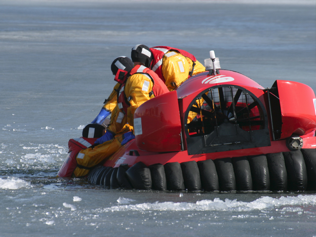 Neoteric Rescue Hovercraft Model 3626 Rescue Training On Ice