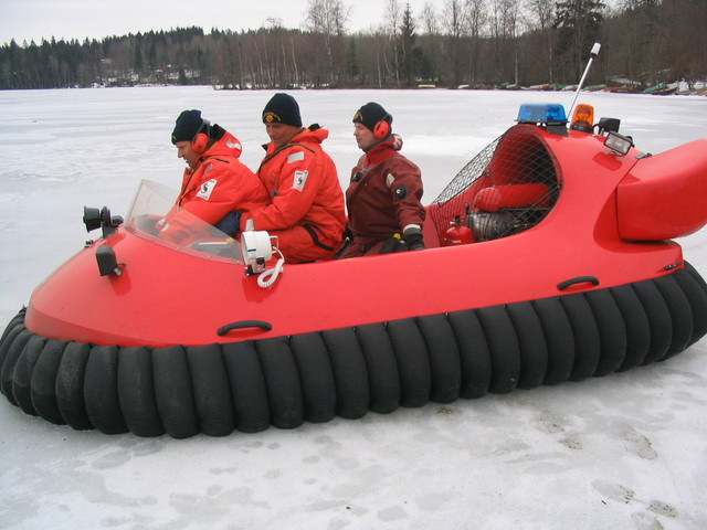 Neoteric Rescue Hovercraft Model 3626 Training On Ice